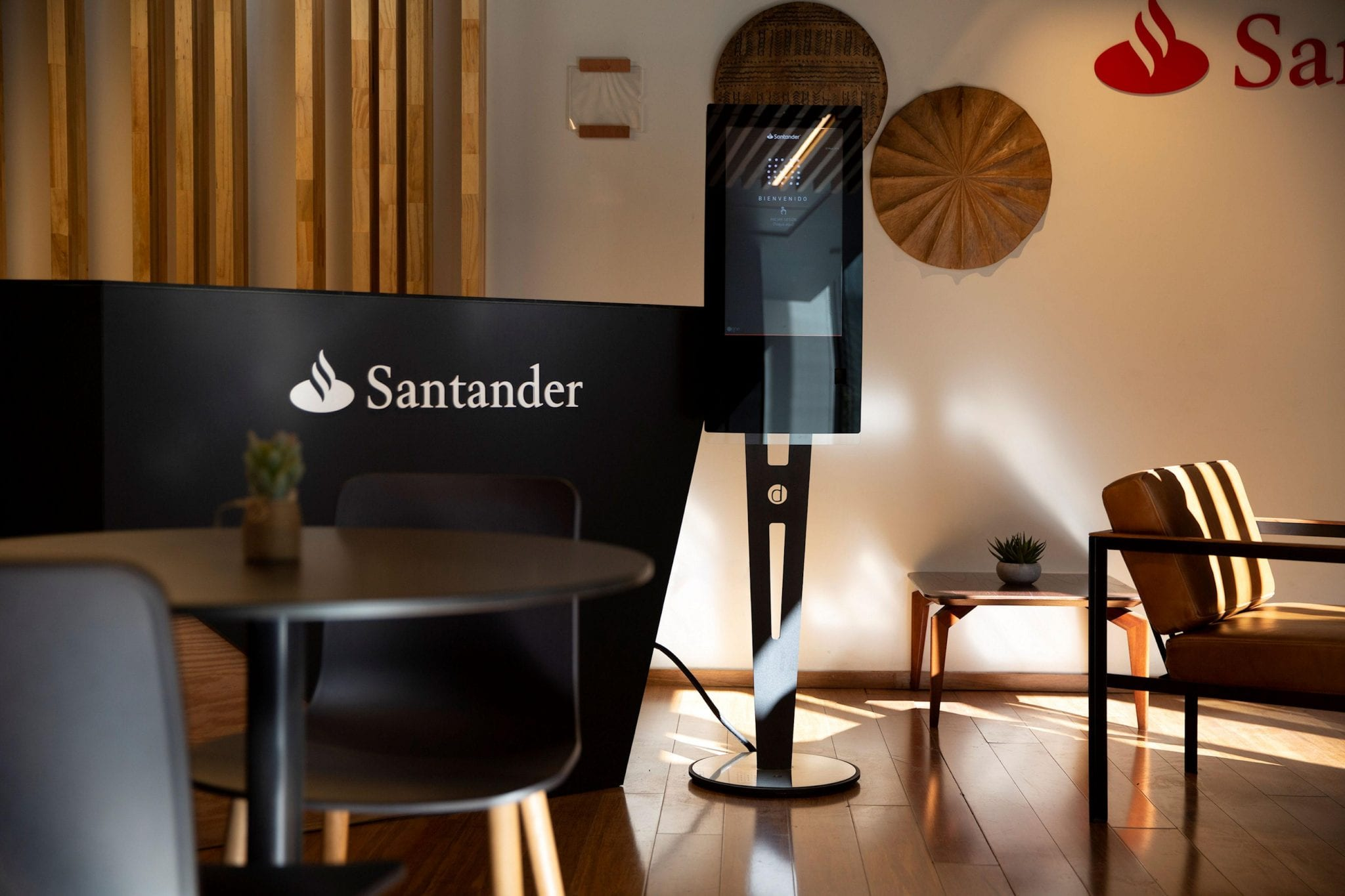 Zytronic MPCT in a Santander work cafe