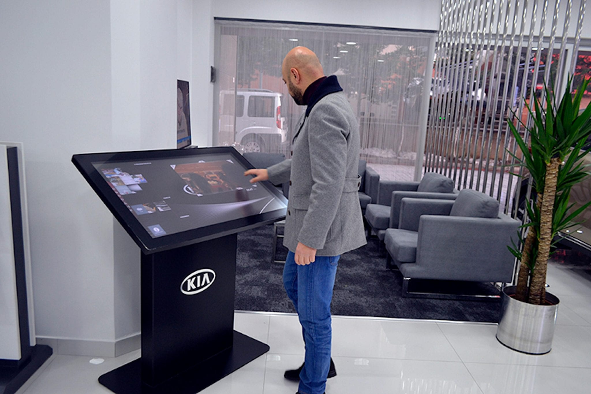 Zytronic Touch technology being used at Kia