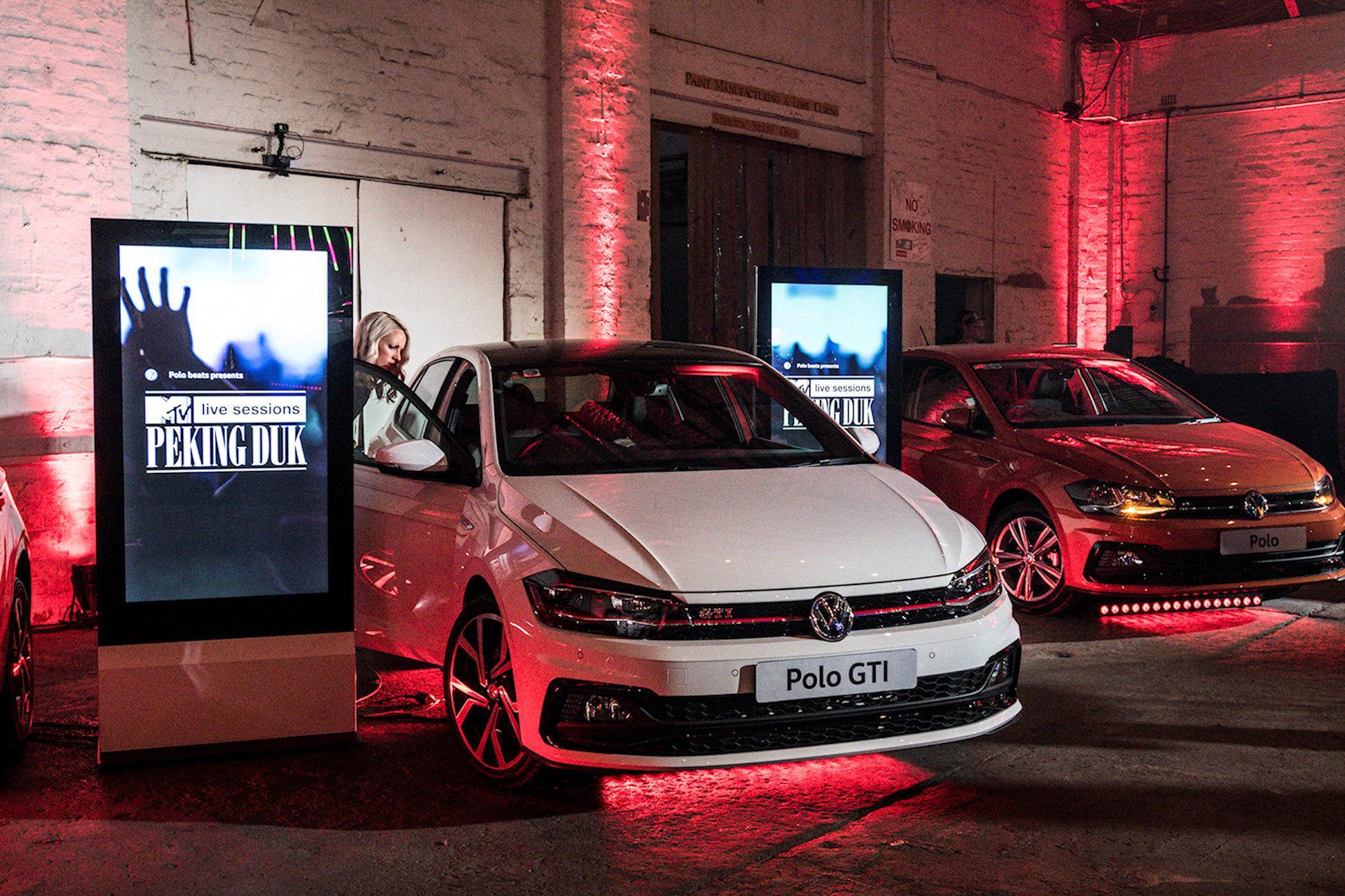 An ultra slim blade interactive kiosk using Zytronic technology in an Australian Volkswagen showroom