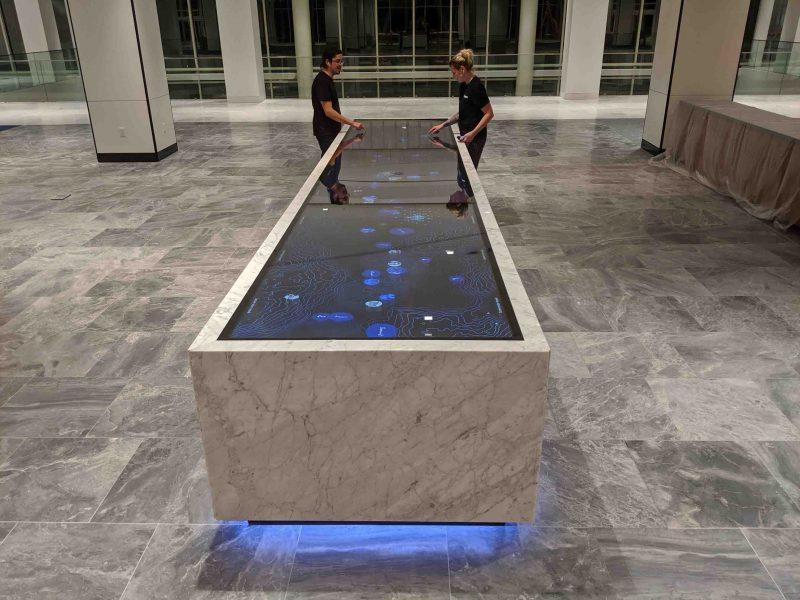 ZYTC026 Ideum multitouch touchscreen technology in touch table